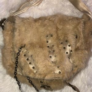Real fur 👛 Beige rabbit fur slouchy bag purse